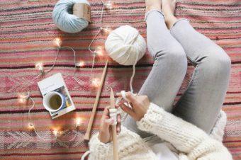 冬のお家時間をもっと楽しく。「We are Knitters」のかんたんキットで始める編み物生活