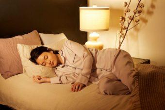 優しい肌触りと通気性の良さで快眠へ。天然由来の素材で作られたルームウェア「DREAMiN」