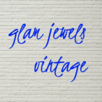 「glam jewels vintage(グラムジュエルズヴィンテージ)」のロゴ