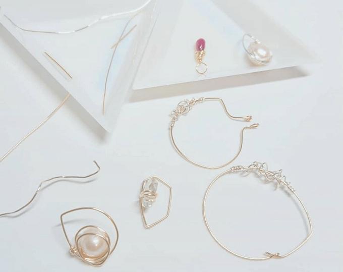 「glam jewels vintage(グラムジュエルズヴィンテージ)」のイヤーカフ数種類