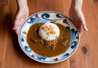 京都のスパイスと野菜をたっぷり使用。こだわりのカレーショップ「京FUJIHARUカレー」