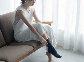履くだけで楽になる。体の歪みを整え、疲れを軽減してくれる「RELIGHT SOCKS」