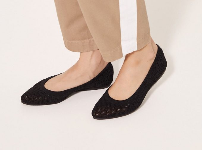洗練の着こなしが実現。「GENE HEAVENS」のロング丈×ペタンコ靴コーデ<3選>