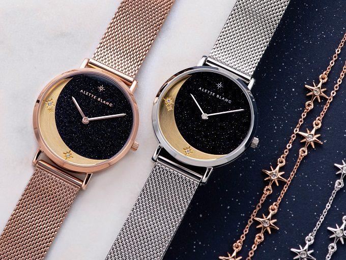 ストーンや月・星のモチーフが輝く「ALETTE BLANC」の腕時計とブレスレット