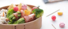 彩りと便利さを叶える。ランチタイムが何倍も楽しくなるお弁当グッズ<3選>