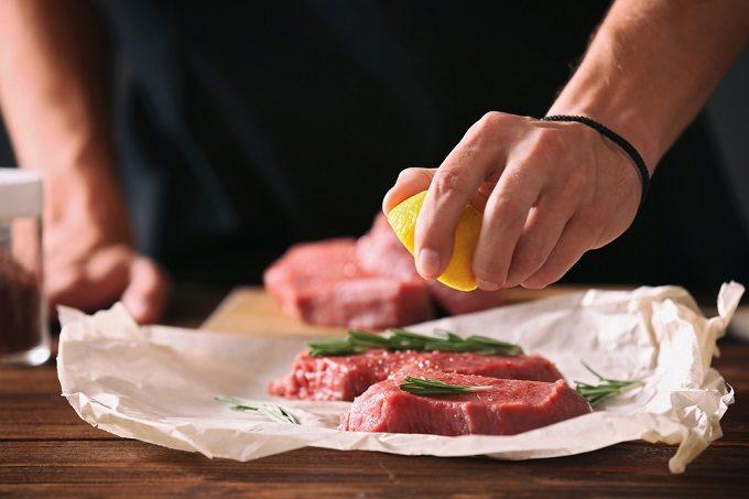 おいしく風邪予防!レモンを皮ごと食べる3つの鍋レシピの画像