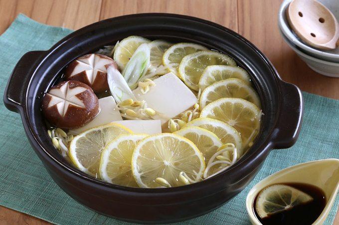 美味しく食べて冬を乗り切ろう。美容・健康効果が期待できる、絶品レモン鍋レシピ<3選>