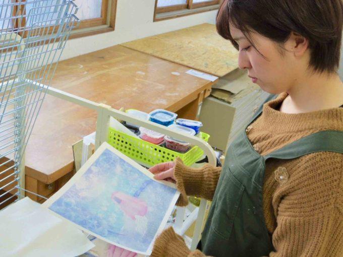 北海道に移住して酪農と創作という2つの道を選んだ「酪農アーティスト」