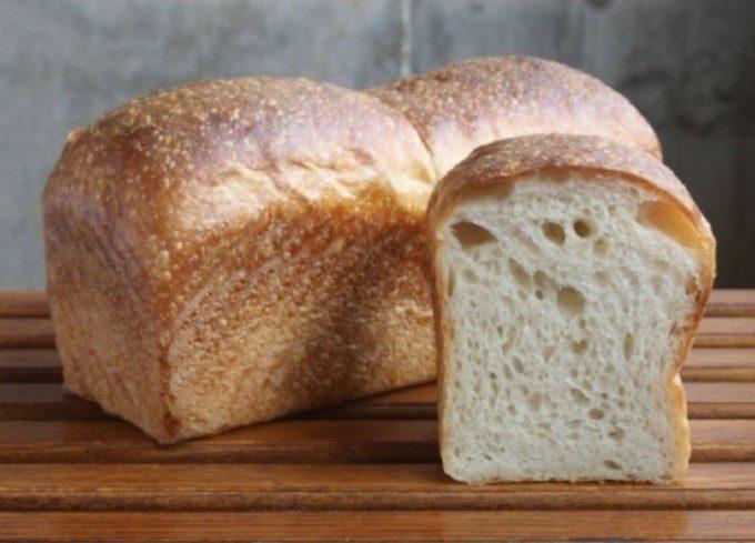 天然おだしとこだわり食パンが共演。芳醇な香りを堪能できる「Dashiオイルの食パン」