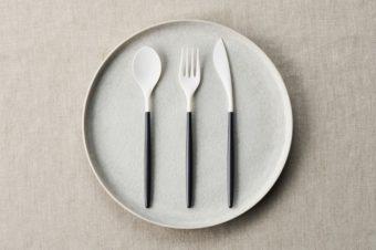 見た目に美しく、高機能。いつもの食卓がワンランクアップする「ZIKICO」のカトラリー