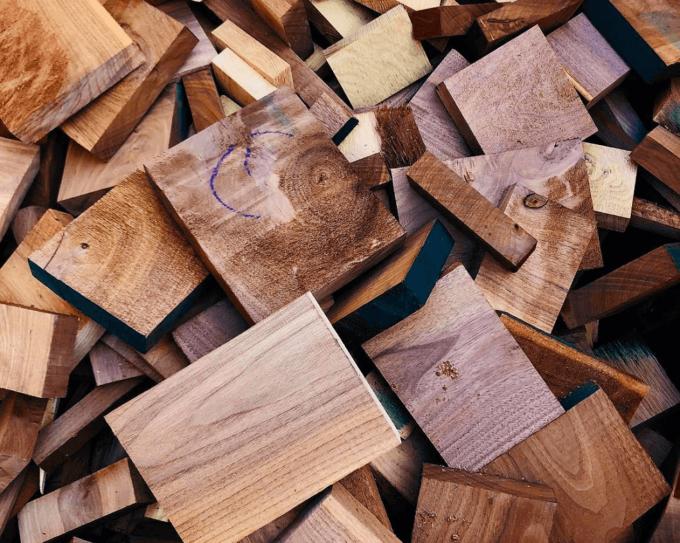 「Material Market(マテリアルマーケット)」の木の端材