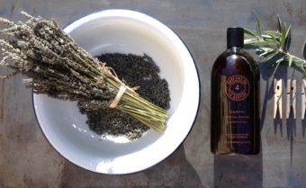自然な香りと柔らかな洗い上がりが魅力。フランスのフレグランスブランド発の洗濯用洗剤