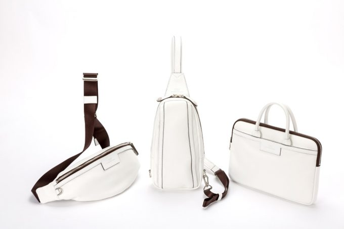明るいホワイトに気分が上がる。「CREEZAN」の白さ&使いやすさにこだわったレザーバッグ