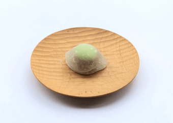自宅で感じる新緑の季節。初夏の匂いを届けてくれる「かぎ甚」の和菓子