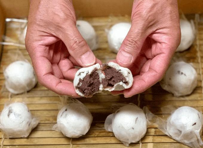 「かぎ甚」の和菓子を作る手