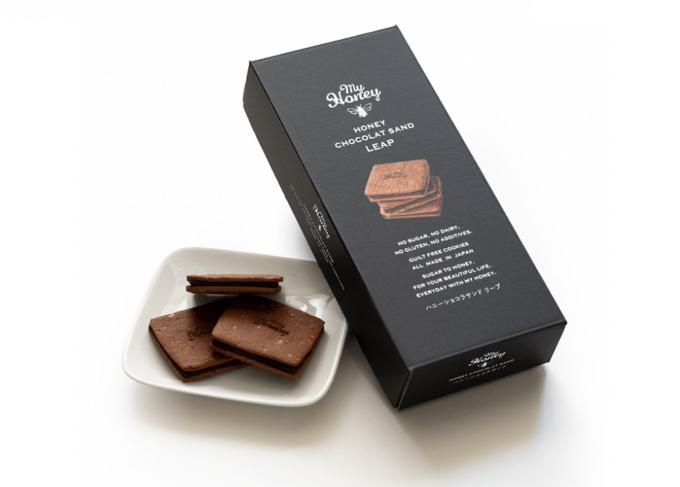 砂糖不使用&グルテンフリー。生はちみつの甘みを活かしたヘルシーなチョコサンドクッキー