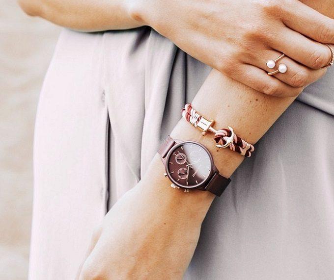 春におすすめの知的な腕時計「PAUL HEWITT(ポールヒューイット)」着用画像2