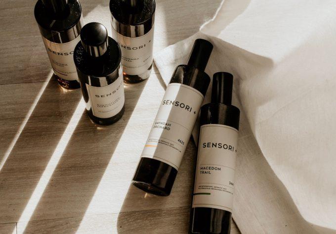 除菌率は99%。香りで誤魔化さず、においの元に作用する「SENSORI+」のミストスプレー