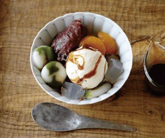 もっちりつるん。絶妙な食感があと引く「抹茶マーブル白玉あんみつ」のレシピ