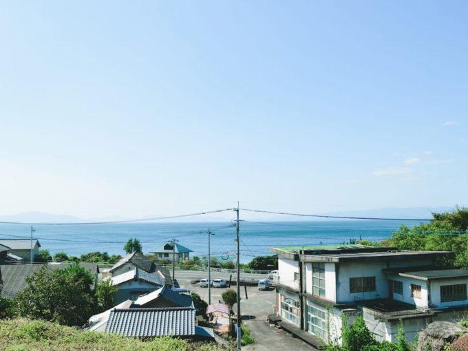 町に新たな価値を生み出した、長崎のリノベーション倉庫「ソリッソリッソ」とは