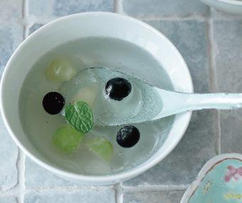 ビー玉みたいにキラキラきらめく。美しい香港スイーツ「九龍球」のレシピ