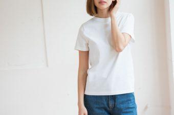 シルエットも着心地も妥協しない。環境にも配慮された「armi∞」のTシャツを夏の相棒に