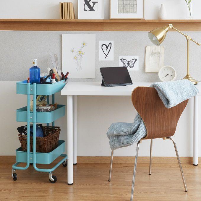 賃貸でも出来る壁紙DIY。原状回復可能な壁紙シートで憧れのお部屋づくり