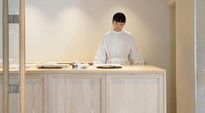 和菓子でもあり、洋菓子でもある。唯一無二の味わいを楽しめる「菓菓かはん」のお菓子