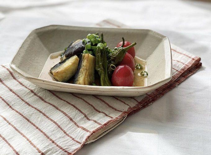 味のある表情に料理が映える。「Kinilu」で見つける、土の温もり感じるやさしげな器特集