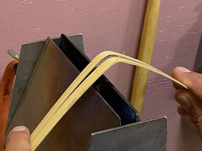 シンプルで丈夫な「おじろ角物店」の竹かご。用途はライフスタイルに合わせて思うままに。