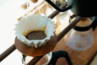 秋は美味しいコーヒーをじっくり楽しみたい。カフェタイムを彩るお洒落なアイテム特集