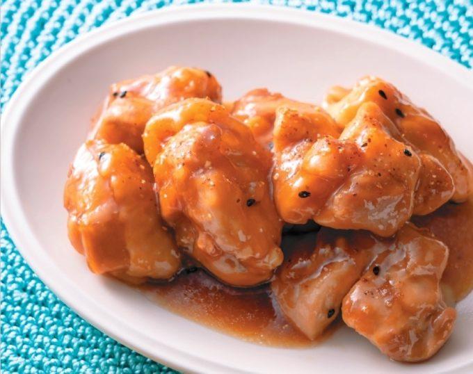 包丁要らずで後片づけも楽チン。疲れている日も嬉しいボリュームおかず「ピリ辛チキン」レシピ