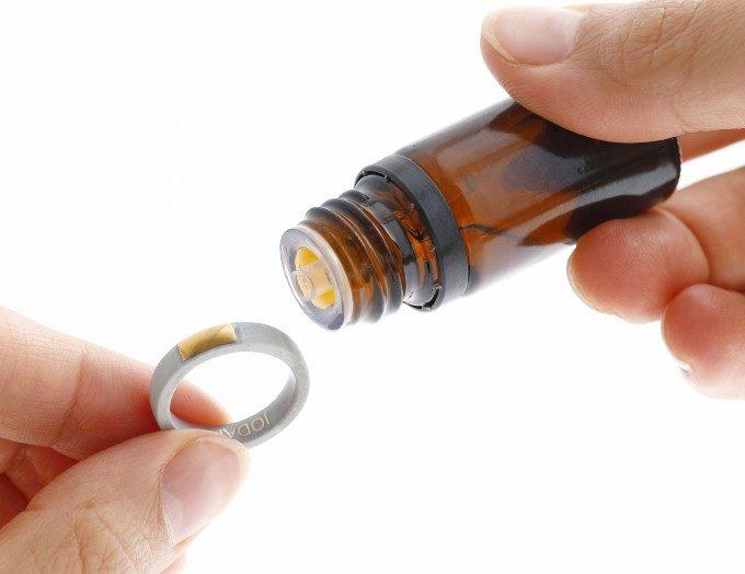 癒しとおしゃれが同時に叶う。精油を染み込ませて香りを纏うアロマアクセサリー