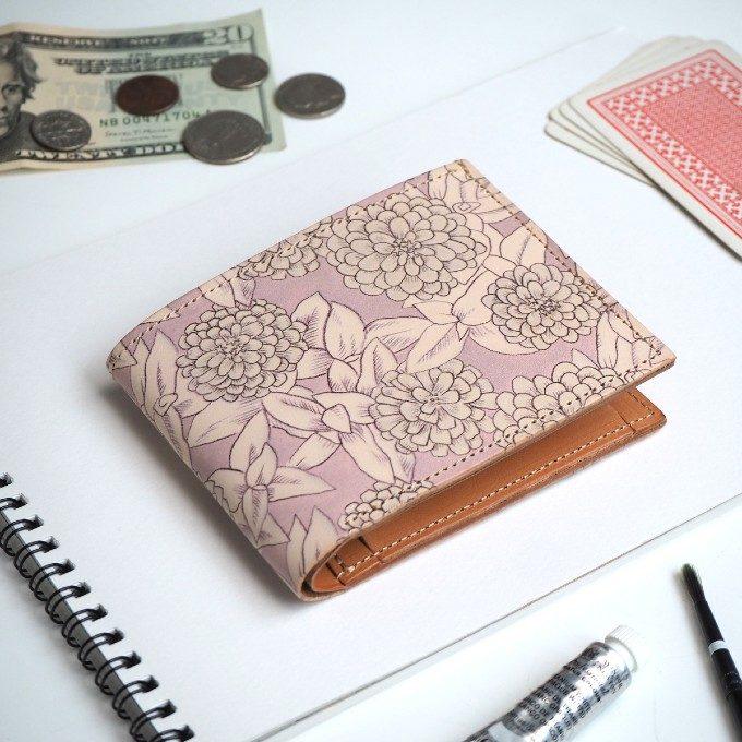 ミニマリストへ捧ぐ。「ヘリクリサム」のアートな革製コンパクト財布<3選>