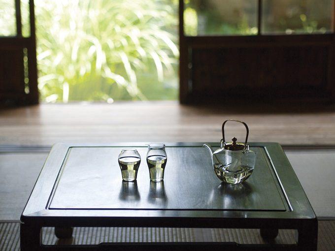 美しいフォルムにうっとり。秋のお酒に似合う、「廣田硝子」の酒器<3選>