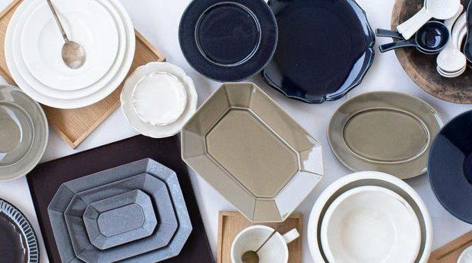 料理や食材をぐっと引き立てる。「光泉窯」の味わい深い紺色のプレート特集