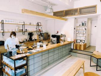 焙煎から丁寧に。こだわりが詰まった一杯を楽しめるコーヒー店「PASSAGE COFFEE」