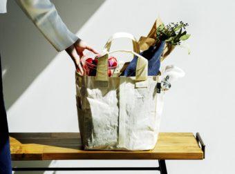 容量たっぷりなだけじゃない。テイクアウトから普段の買い物まで役立つトート&エコバッグ