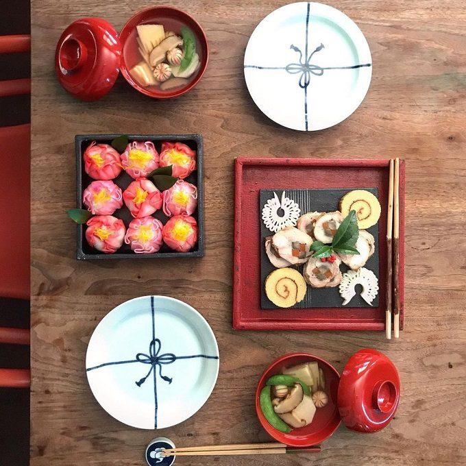 年末のおうち時間を楽しもう。簡単・華やか・今っぽいお節テーブルコーデ集