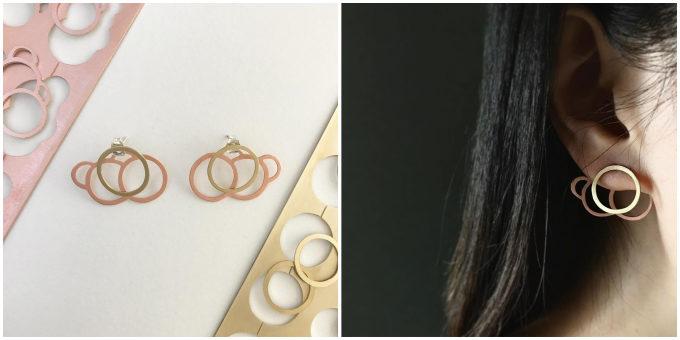 立体的な形や線の重なりに思わず釘付け。SAWAKO KATAOKAさんが作るイヤーカフ