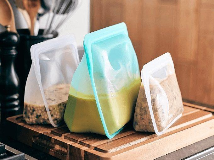 保存もレンジ加熱もこれ一つでOK!繰り返し使えるエコなプラチナシリコーン製容器<3選>
