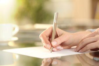幅広いシーンで活躍。ビジネスメールにも使える書き方のマナーと役立つ文例集