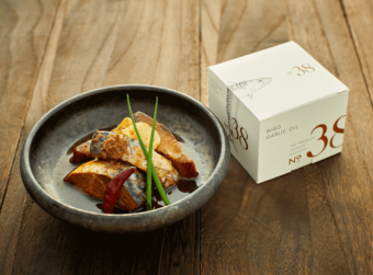 0.1g単位で調味料を調整。これまでの概念を変える贅沢な鯖缶「No.38」