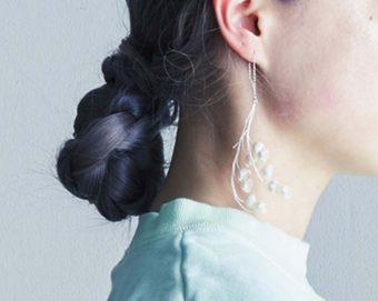 耳元から春を感じさせて。大人可愛い花モチーフのピアス特集
