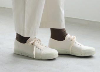 シンプルだけど履き心地抜群。今春欲しい「白スニーカー」<3選>