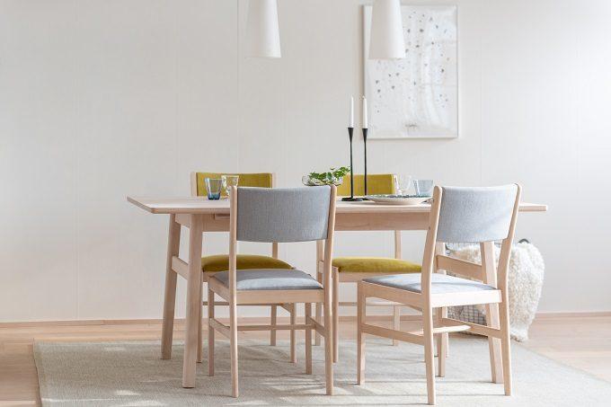 組み立て式でコンパクトに運べる。北海道の無垢材で作られる、無駄のない家具シリーズ「LIM」