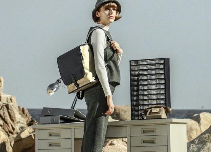 必要なものだけを持って身軽に出かけられる。「Topologie」のミニサイズのバックパック