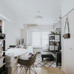 一人暮らしにおすすめの収納家具。空間を狭く感じさせな...