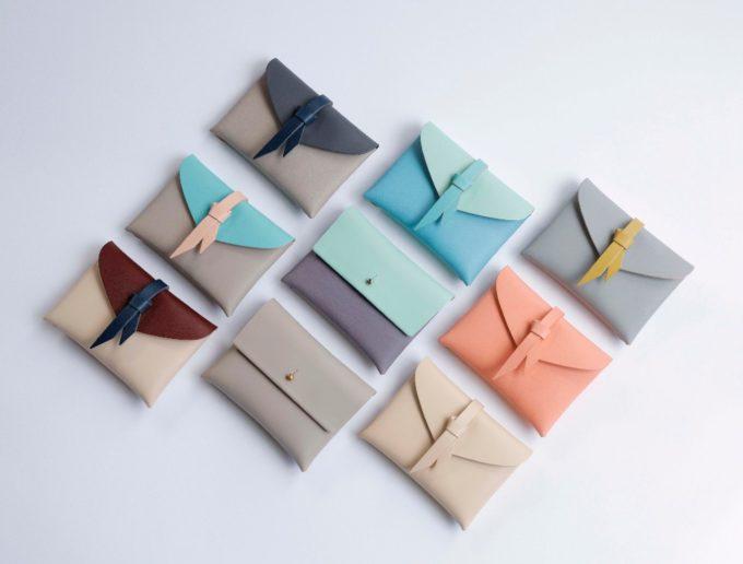 無縫製で収納力抜群。一枚革で織りなす「style&things」のコンパクト財布
