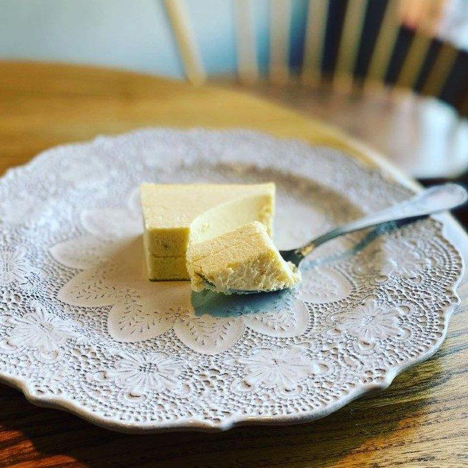 天使の口どけとねっとり食感。4種のチーズが贅沢に使われた「KURATA」のチーズテリーヌ